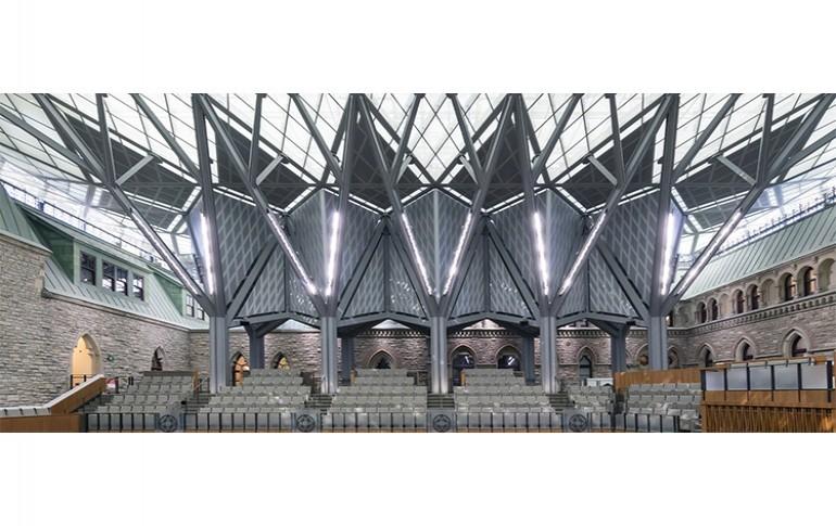 TRILUX Architectural ilumina el Parlamento Canadiense