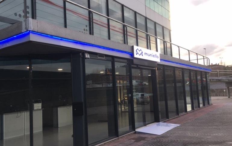 Muniello inaugura un nuevo centro en Oviedo
