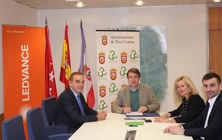 Ledvance firma un convenio para fomentar el empleo en Tres Cantos