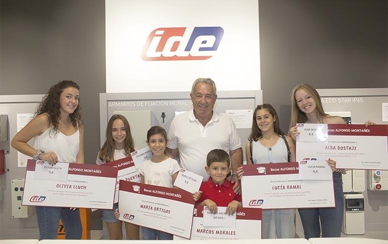 Becas para hijos de trabajadores de IDE