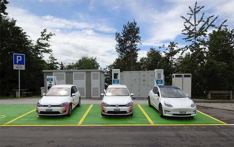 Solución de movilidad eléctrica integral ABB en autopistas de Suiza